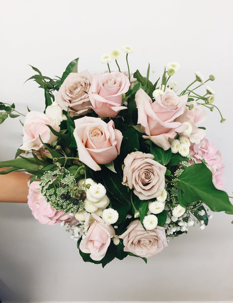 Mothers Day pink rose bouquet Noosa Delivery