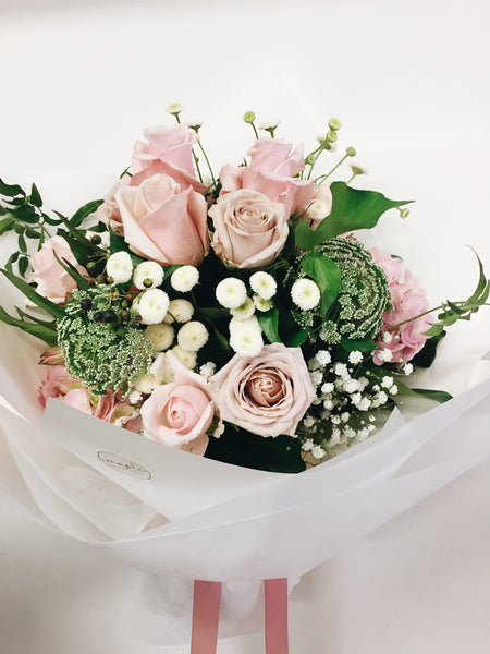 Mothers Day pink rose bouquet Buderim Delivery