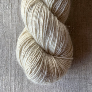Rosabella...threads of pure luxury TIRAMISU 5 - 100g skein - Vanilla