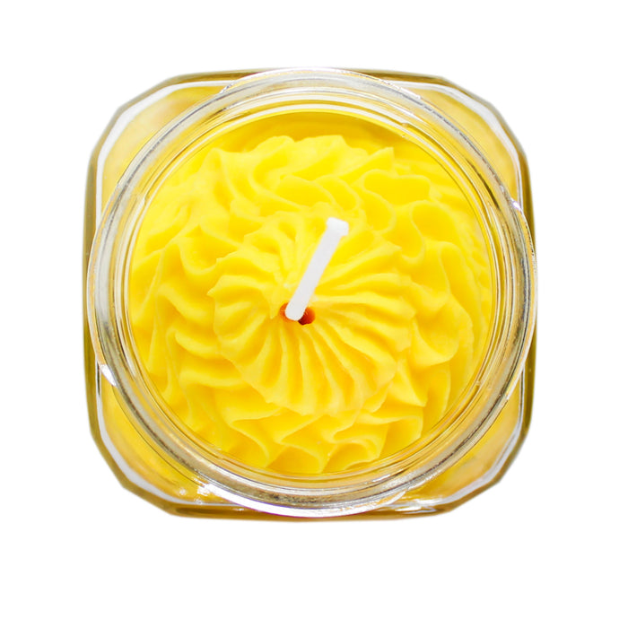 Amber Noir Whipped Cream yellow candle