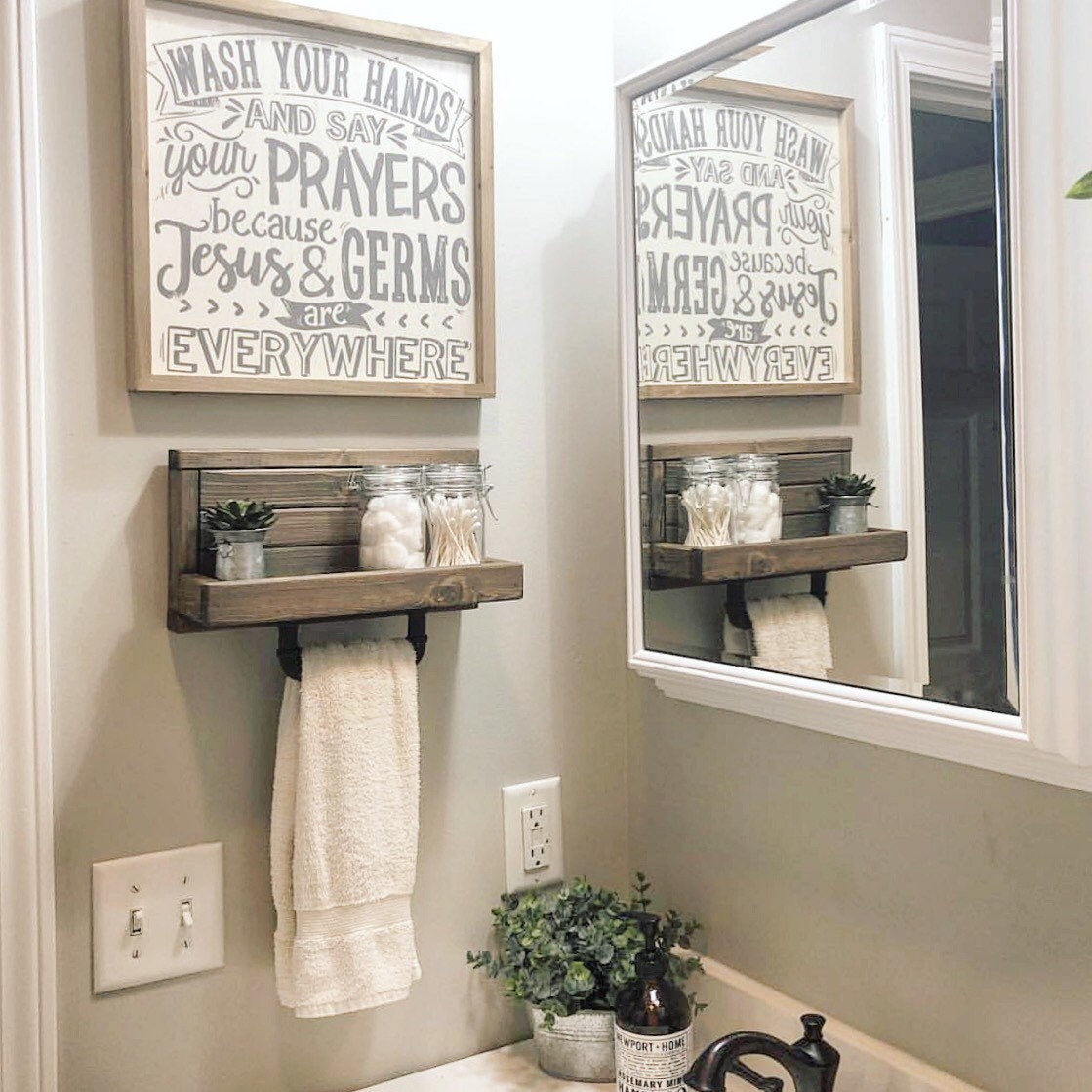 Small Hand Towel Rack Shelf