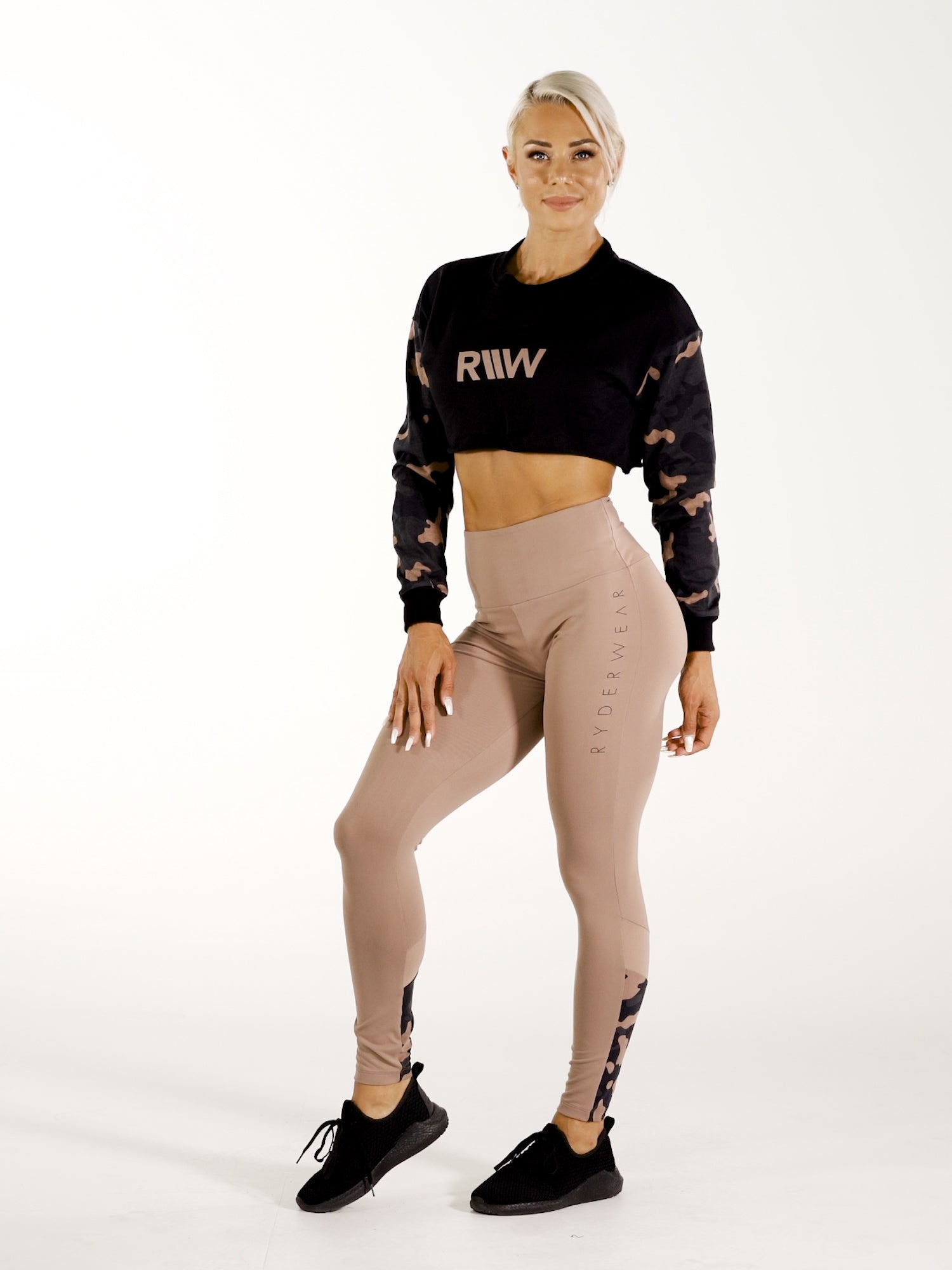 Camo Cropped Sweater - Black video