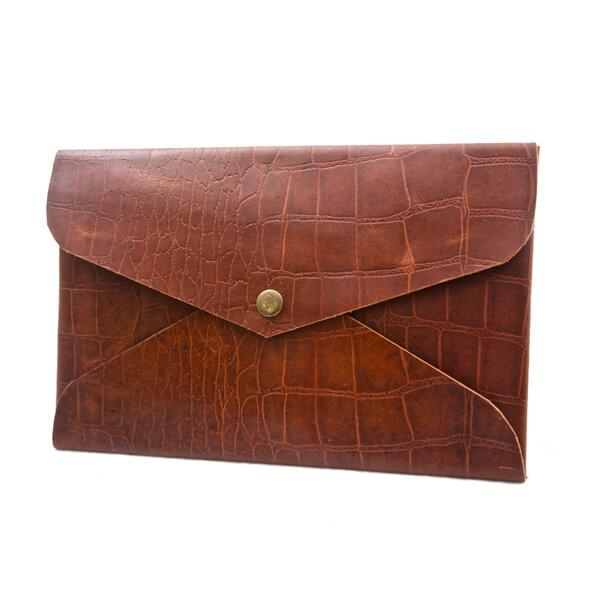 Womans Vintage Tan Croc Clutch - Aurelius Leather