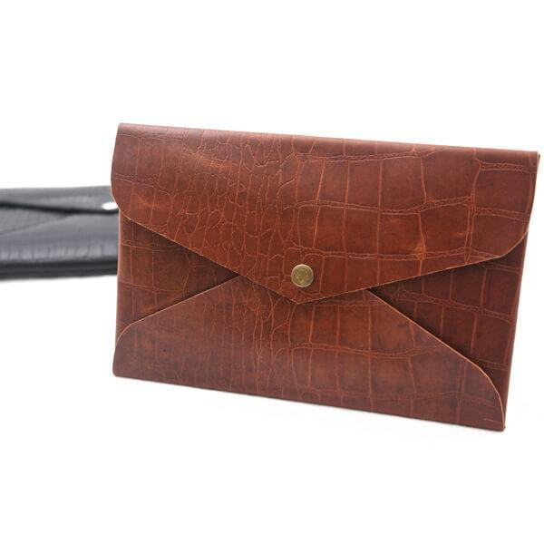 Mens Vintage Tan Croc Clutch - Aurelius Leather