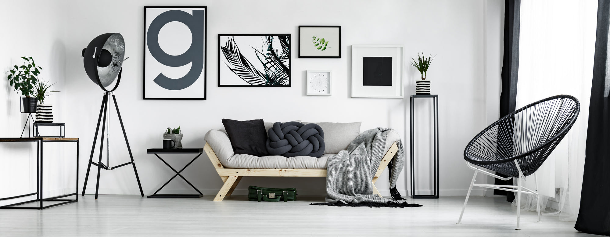 Minimalist Living room - Light white tones with modern accent pieces