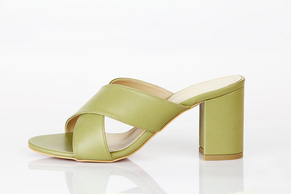 DONNA OLIVE GREEN