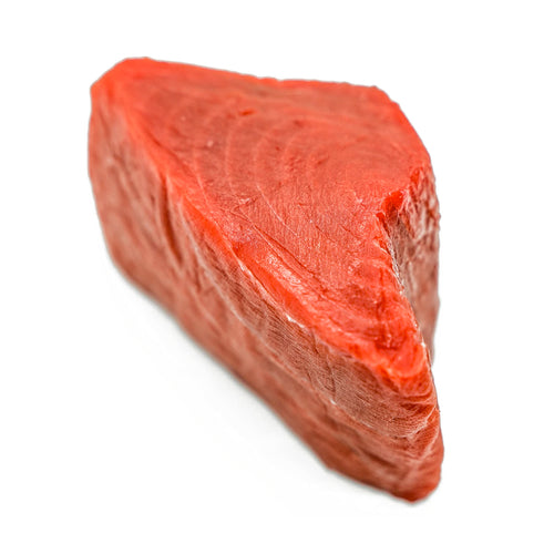 Freshly caught melt-in-your-mouth Akami has a deep rich red colour with a firm texture. Our Akami is Senaka Akami (highest quality Akami) from the top mid section of the tuna. Although not as fatty as a Chu-toro or O-toro, it has a clean and smooth deep sea flavour.