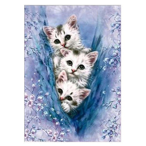 DIY-PAINT WITH DIAMONDS-SHY KITTENS