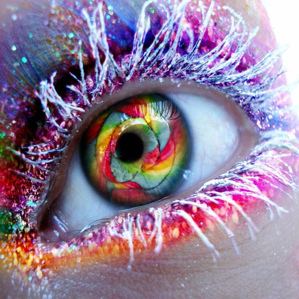 DIY-DIAMOND PAINTING/PAINT WITH DIAMONDS-COLORFUL EYE
