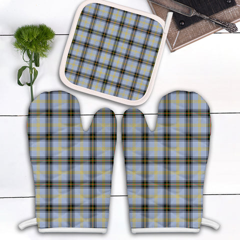Bell of the Borders Clan Tartan Scotland Oven Mitt And Pot-Holder (Set Of Two)