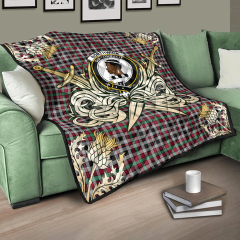 Borthwick Ancient Clan Crest Tartan Scotland Thistle Symbol Gold Royal Premium Quilt K9