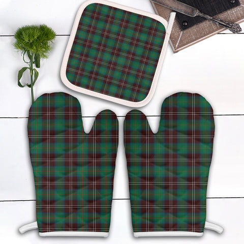 Chisholm Hunting Ancient Clan Tartan Scotland Oven Mitt And Pot-Holder (Set Of Two)