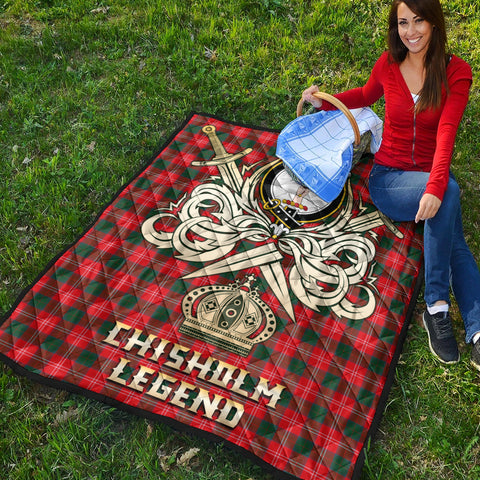 Chisholm Modern Clan Crest Tartan Scotland Clan Legend Gold Royal Premium Quilt K9