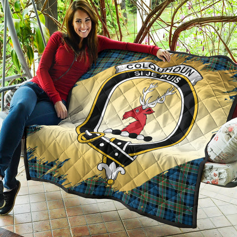 Colquhoun Ancient Clan Crest Tartan Scotland Gold Royal Premium Quilt K9