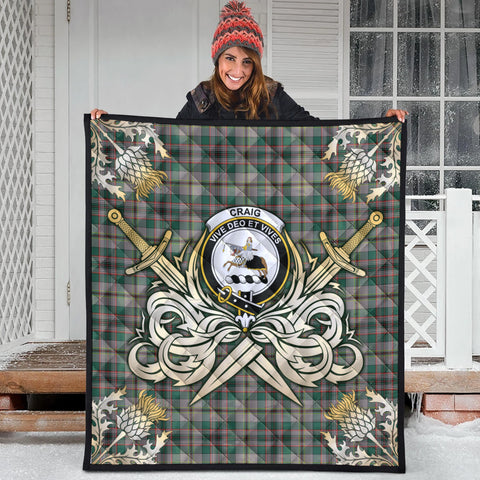 Craig Ancient Clan Crest Tartan Scotland Thistle Symbol Gold Royal Premium Quilt