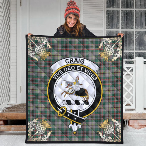 Craig Ancient Clan Crest Tartan Scotland Thistle Gold Pattern Premium Quilt