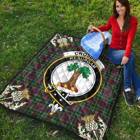 Image of Crosbie Clan Crest Tartan Scotland Thistle Gold Pattern Premium Quilt K9