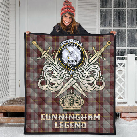 Cunningham Burgundy Dancers Clan Crest Tartan Scotland Clan Legend Gold Royal Premium Quilt