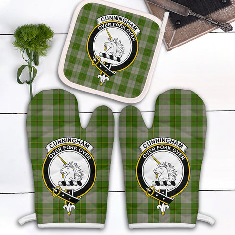 Image of Cunningham Dress Green Dancers Clan Crest Tartan Scotland Oven Mitt And Pot-Holder (Set Of Two)