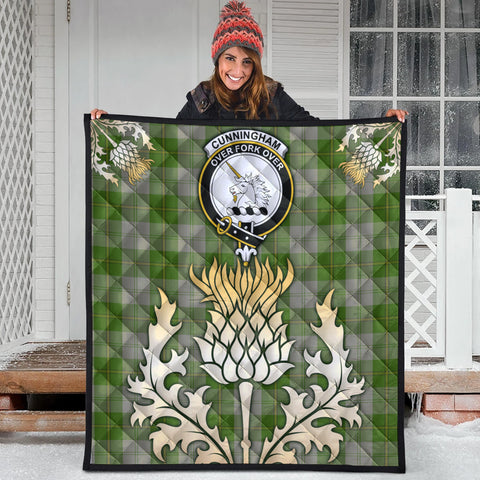 Cunningham Dress Green Dancers Clan Crest Tartan Scotland Thistle Gold Royal Premium Quilt