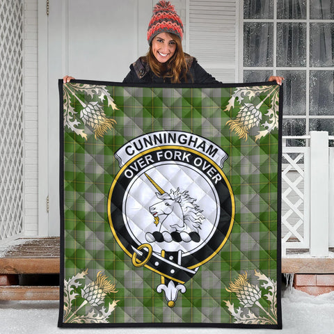Cunningham Dress Green Dancers Clan Crest Tartan Scotland Thistle Gold Pattern Premium Quilt