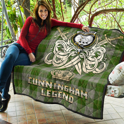 Cunningham Dress Green Dancers Clan Crest Tartan Scotland Clan Legend Gold Royal Premium Quilt K9