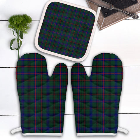 Davidson Modern Clan Tartan Scotland Oven Mitt And Pot-Holder (Set Of Two)