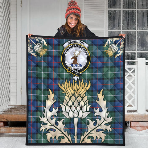 Davidson of Tulloch  Clan Crest Tartan Scotland Thistle Gold Royal Premium Quilt