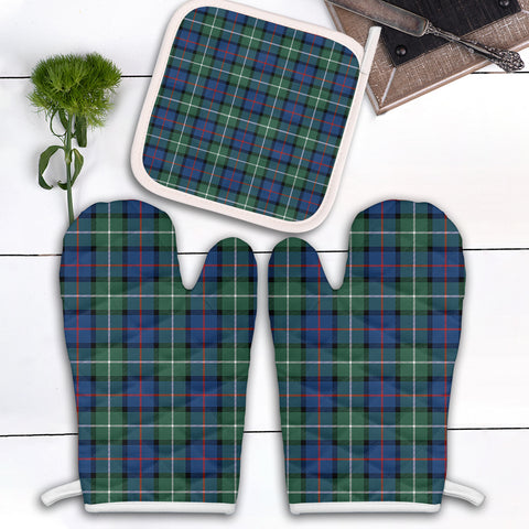 Davidson of Tulloch  Clan Tartan Scotland Oven Mitt And Pot-Holder (Set Of Two)