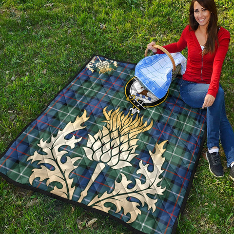 Davidson of Tulloch  Clan Crest Tartan Scotland Thistle Gold Royal Premium Quilt K9
