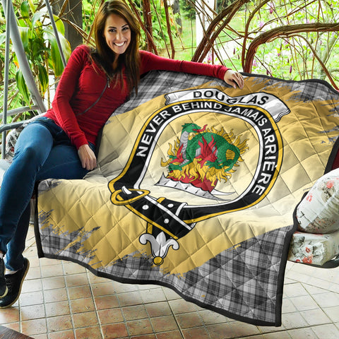 Image of Douglas Grey Modern Clan Crest Tartan Scotland Gold Royal Premium Quilt K9