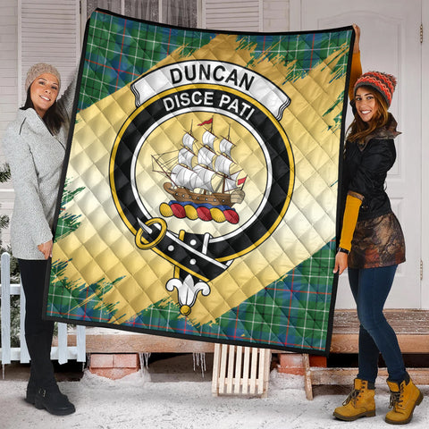 Duncan Ancient Clan Crest Tartan Scotland Gold Royal Premium Quilt K9
