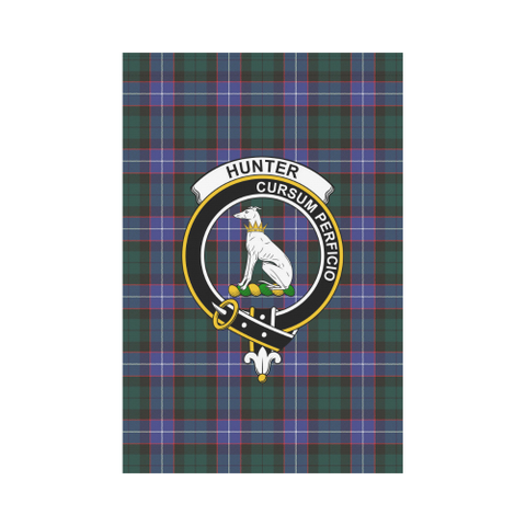 Image of Hunter Modern Tartan Flag Clan Badge | Scottishclans.co