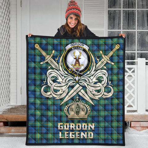 Gordon Ancient Clan Crest Tartan Scotland Clan Legend Gold Royal Premium Quilt