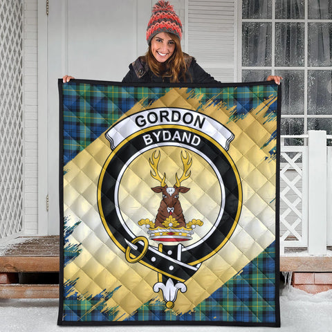 Gordon Ancient Clan Crest Tartan Scotland Gold Royal Premium Quilt