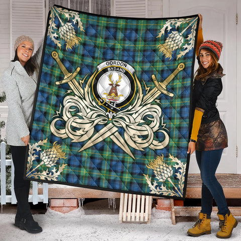 Gordon Ancient Clan Crest Tartan Scotland Thistle Symbol Gold Royal Premium Quilt K9