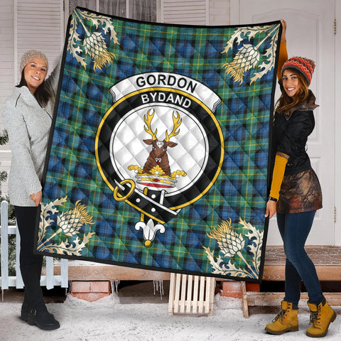 Gordon Ancient Clan Crest Tartan Scotland Thistle Gold Pattern Premium Quilt K9