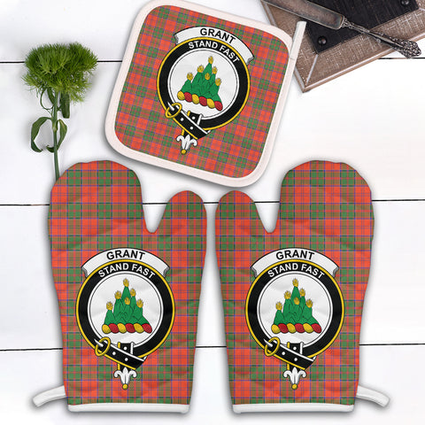 Grant Ancient Clan Crest Tartan Scotland Oven Mitt And Pot-Holder (Set Of Two)