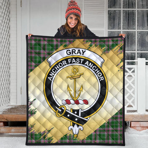 Image of Gray Hunting Clan Crest Tartan Scotland Gold Royal Premium Quilt