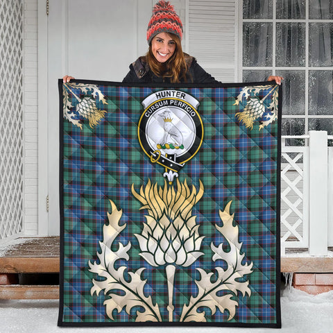 Hunter Ancient Clan Crest Tartan Scotland Thistle Gold Royal Premium Quilt