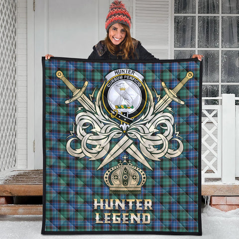 Hunter Ancient Clan Crest Tartan Scotland Clan Legend Gold Royal Premium Quilt