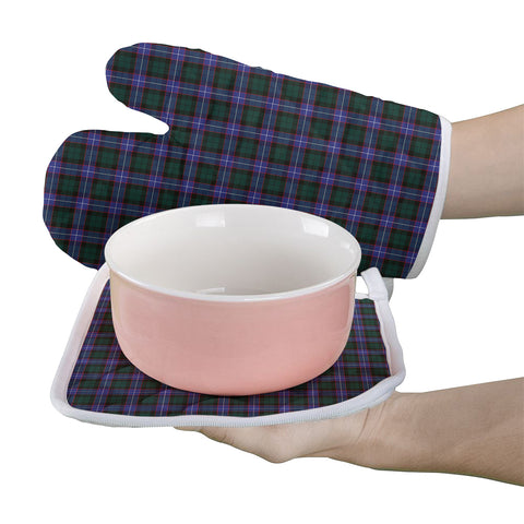 Image of Hunter Modern Clan Tartan Scotland Oven Mitt And Pot-Holder (Set Of Two)