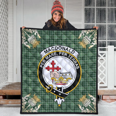 MacDonald Lord of the Isles Hunting Clan Crest Tartan Scotland Thistle Gold Pattern Premium Quilt