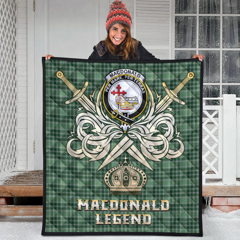 MacDonald Lord of the Isles Hunting Clan Crest Tartan Scotland Clan Legend Gold Royal Premium Quilt