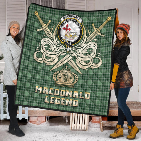 MacDonald Lord of the Isles Hunting Clan Crest Tartan Scotland Clan Legend Gold Royal Premium Quilt K9