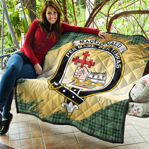 MacDonald Lord of the Isles Hunting Clan Crest Tartan Scotland Gold Royal Premium Quilt K9
