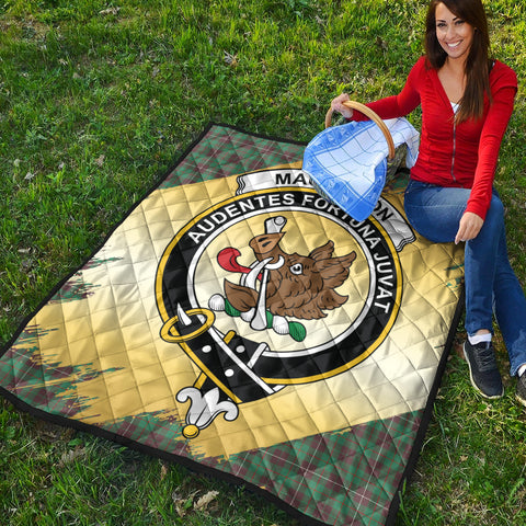 Image of MacKinnon Hunting Ancient Clan Crest Tartan Scotland Gold Royal Premium Quilt K9