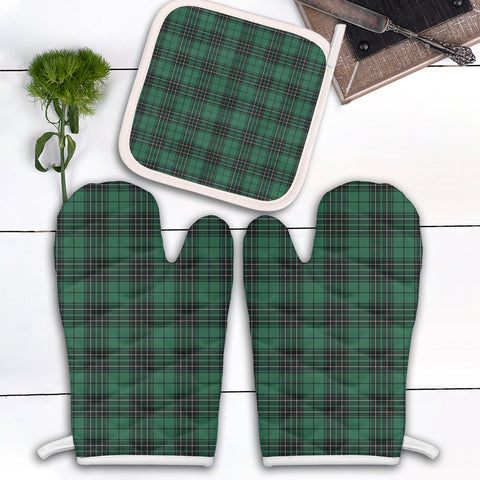 MacLean Hunting Ancient Clan Tartan Scotland Oven Mitt And Pot-Holder (Set Of Two)
