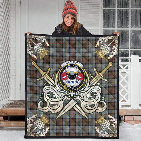 MacLeod of Harris Weathered Clan Crest Tartan Scotland Thistle Symbol Gold Royal Premium Quilt