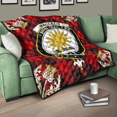 Image of MacLeod of Raasay Clan Crest Tartan Scotland Thistle Gold Pattern Premium Quilt K9